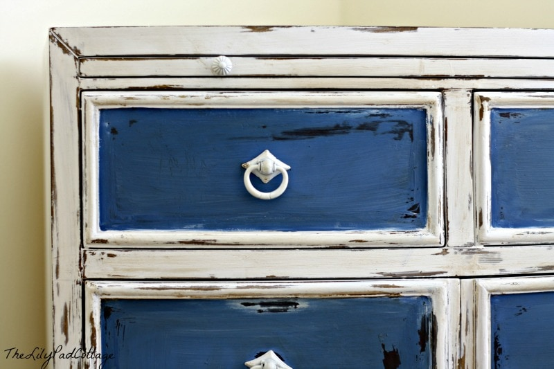 furniture painting - www.thelilypadcottage.com