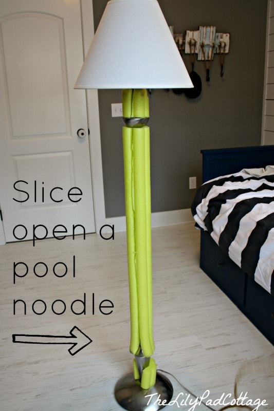 Lamp redo with a pool noodle - www.thelilypadcottage.com