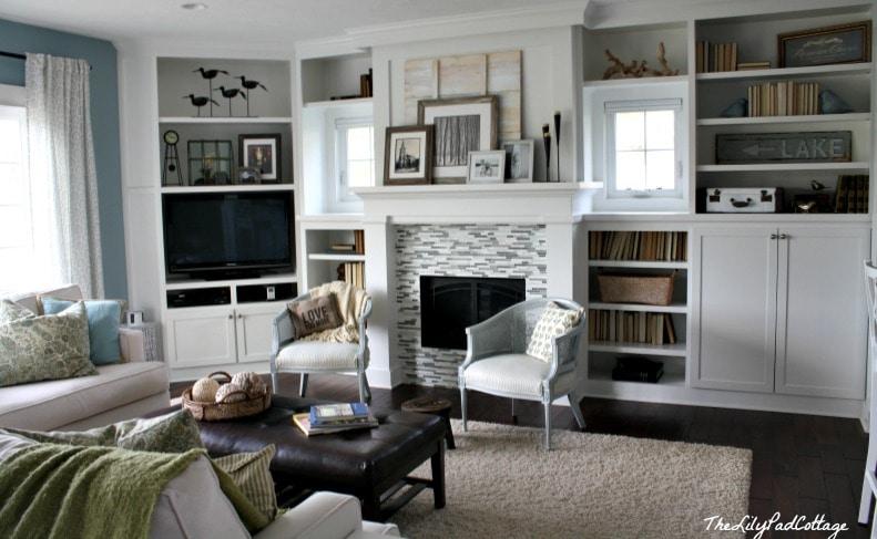 livingroom - www.thelilypadcottage.com