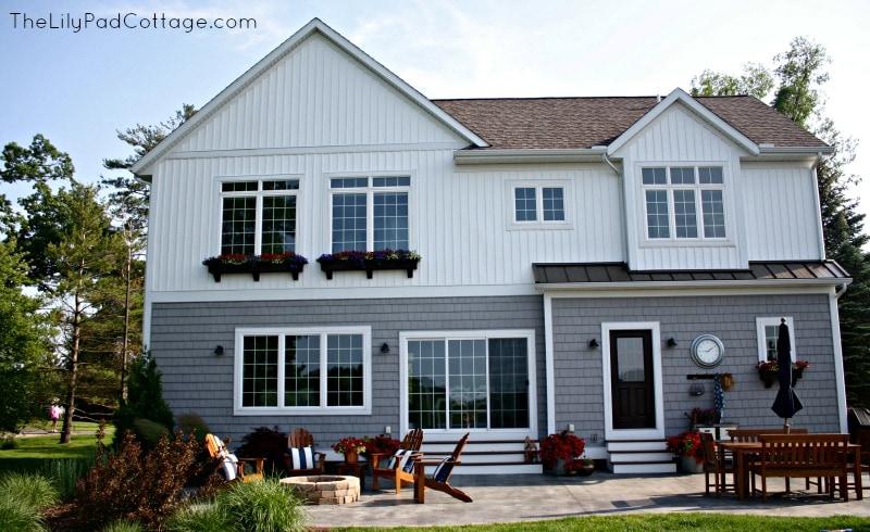The Lily Pad Cottage backyard