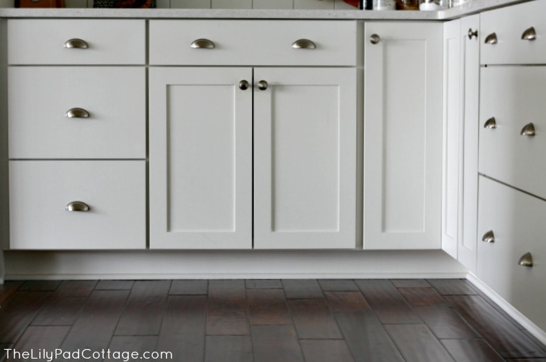 building a white shelving pantry cabinet