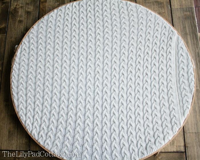 DIY-embroidery-hoop-holiday-art