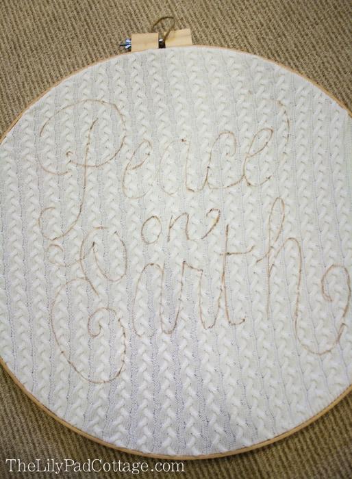Embroidery Hoop Holiday Art DIY