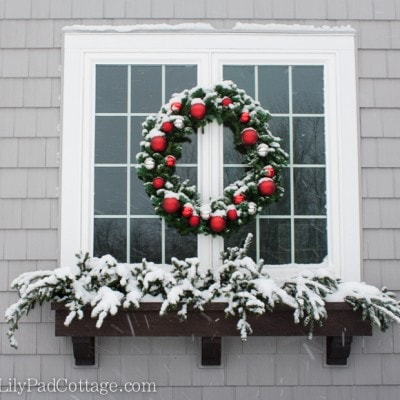 Outdoor Christmas Decor – Adventures in chainsaws and Christmas trees…