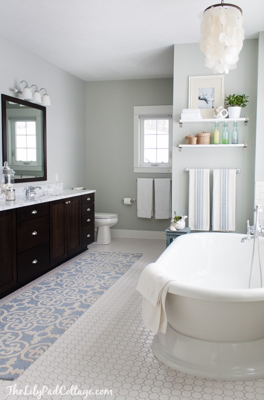 Fresh Coastal Bath Decor