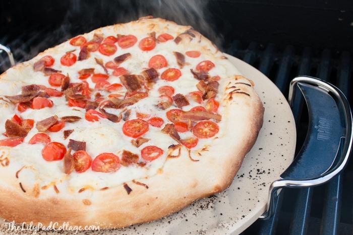 Grilled BLT Pizza