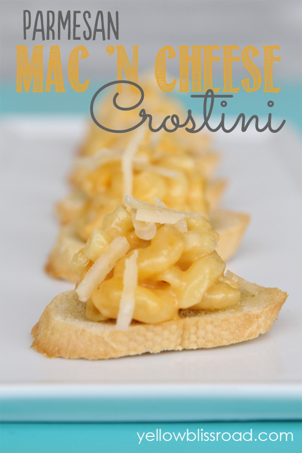 Parmesan mac n cheese crostini