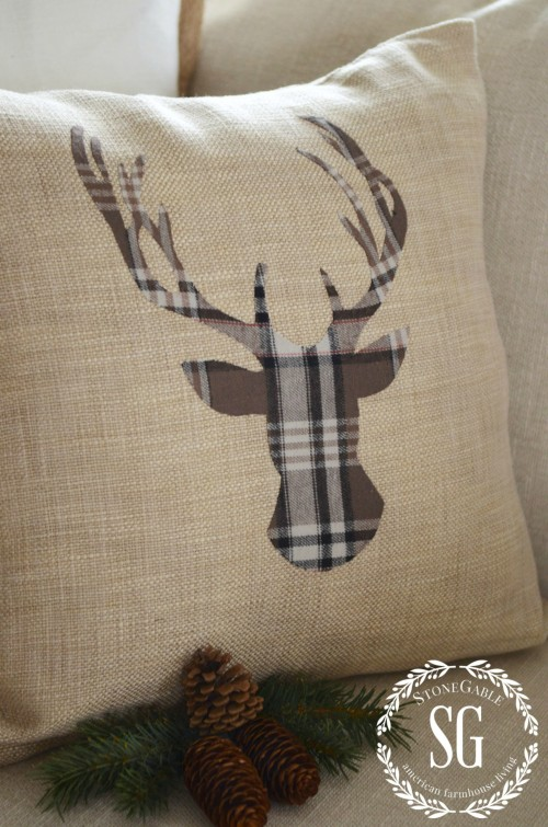 WOODLAND-CHRISTMAS-DEER-PILLOW-flannel-plaid-stonegableblog.com_-e1414111554274