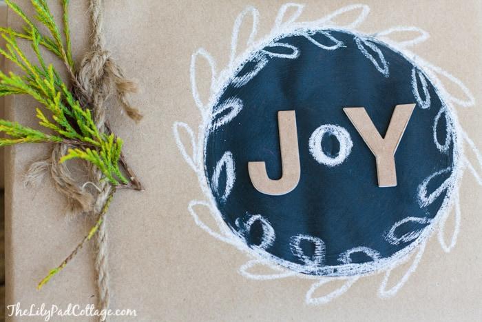 chalkboard-gift-wrap-9