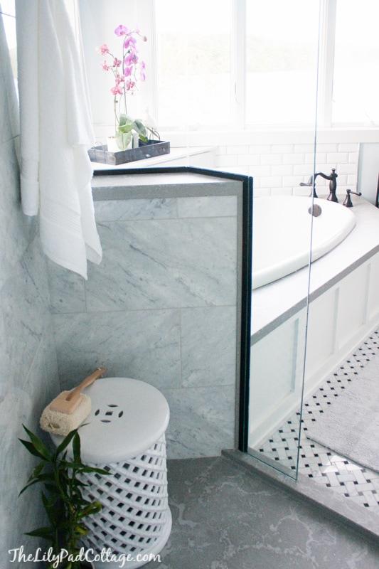 master-bathroom-decor-ideas-42