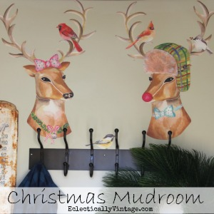 Christmas-Mudroom-Button