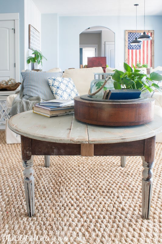 Fabulous Distressed Round Grey Coffee Table