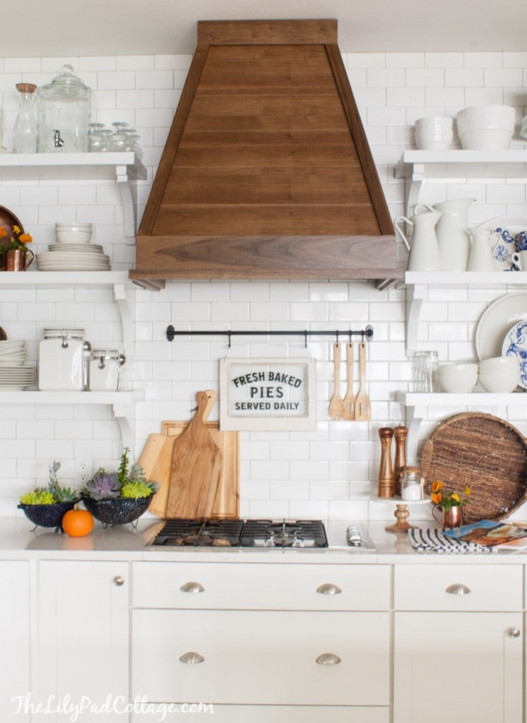 White Cottage Kitchen fall decor