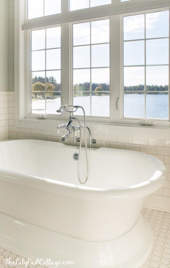 Pedestal tub cottage bath