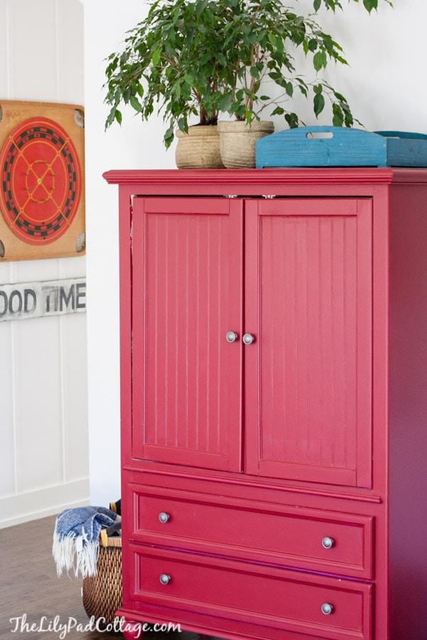 red armoir