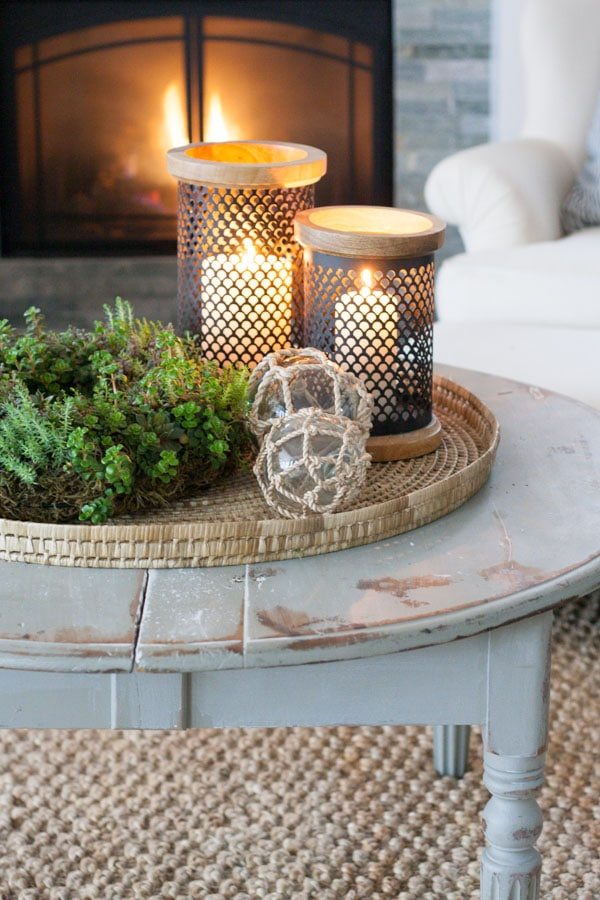 Winter Coffee Table Styling