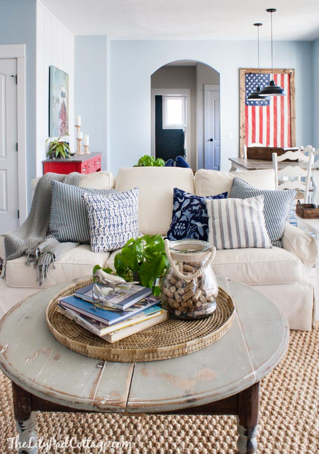 Home Library Decorating Ideas: The Lilypad Cottage