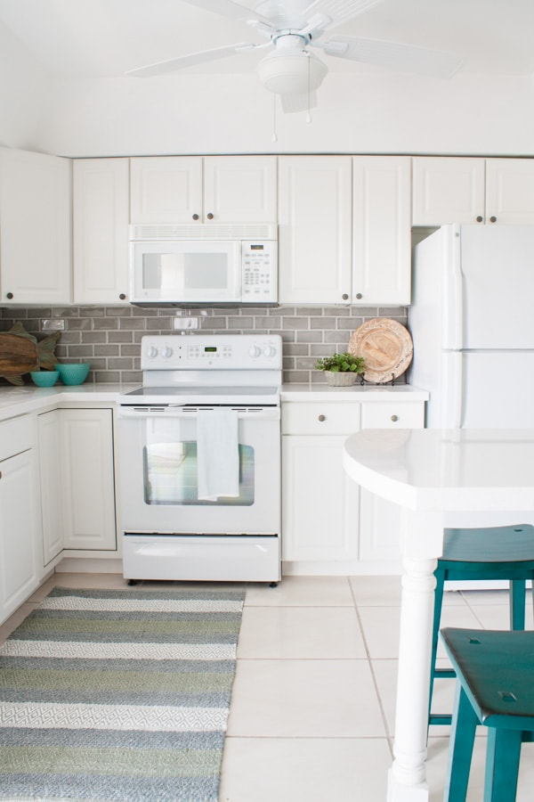 Coastal Grey And White Beach Condo Kitchen