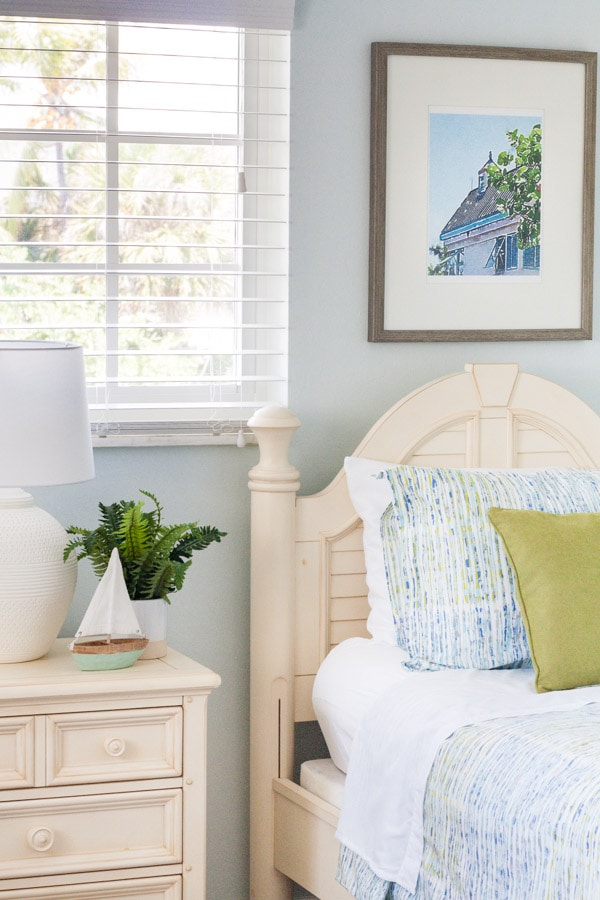 Coastal Bedroom Decor Ideas