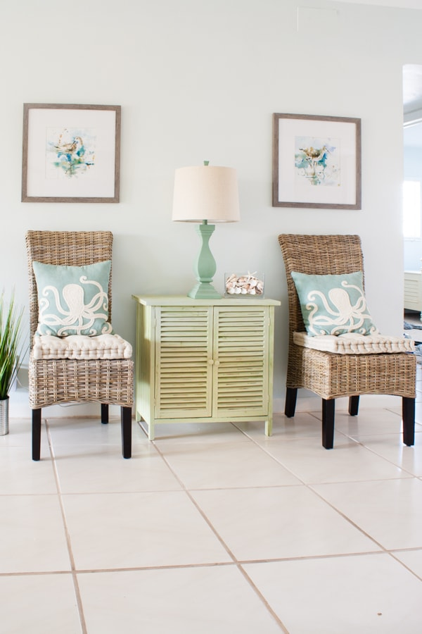 Coastal Dining Room Decor