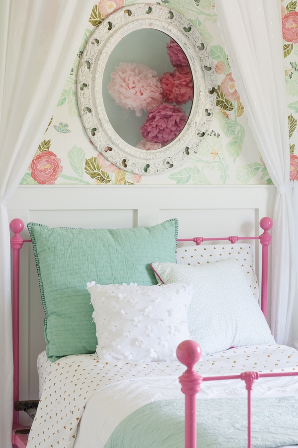 Aqua and pink little girls room