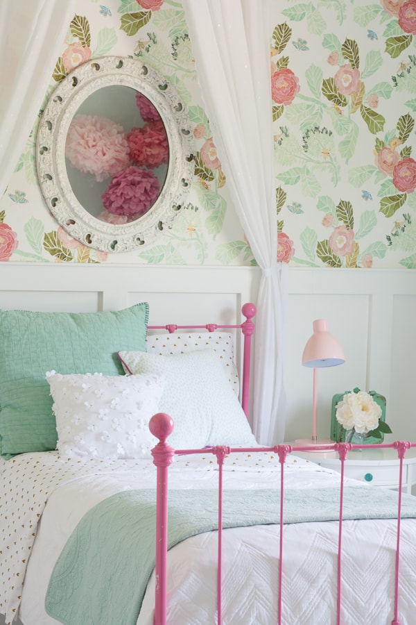 pink and aqua girl room
