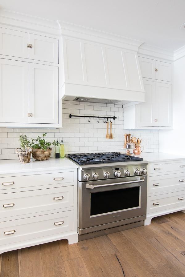 Lake House White Kitchen