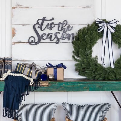 Friday Feels – Easy Holiday Sign