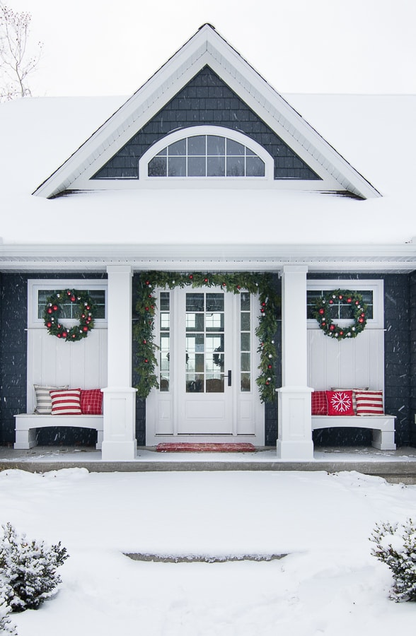 Christmas Front Porch - The Lilypad Cottage