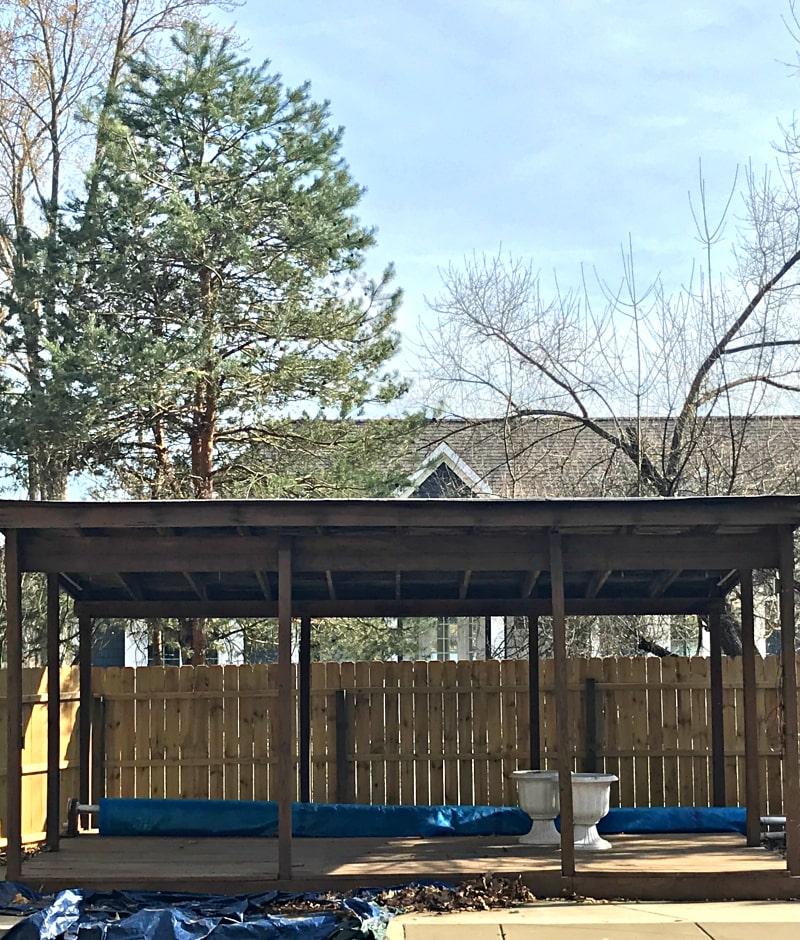 wood-cabana-before