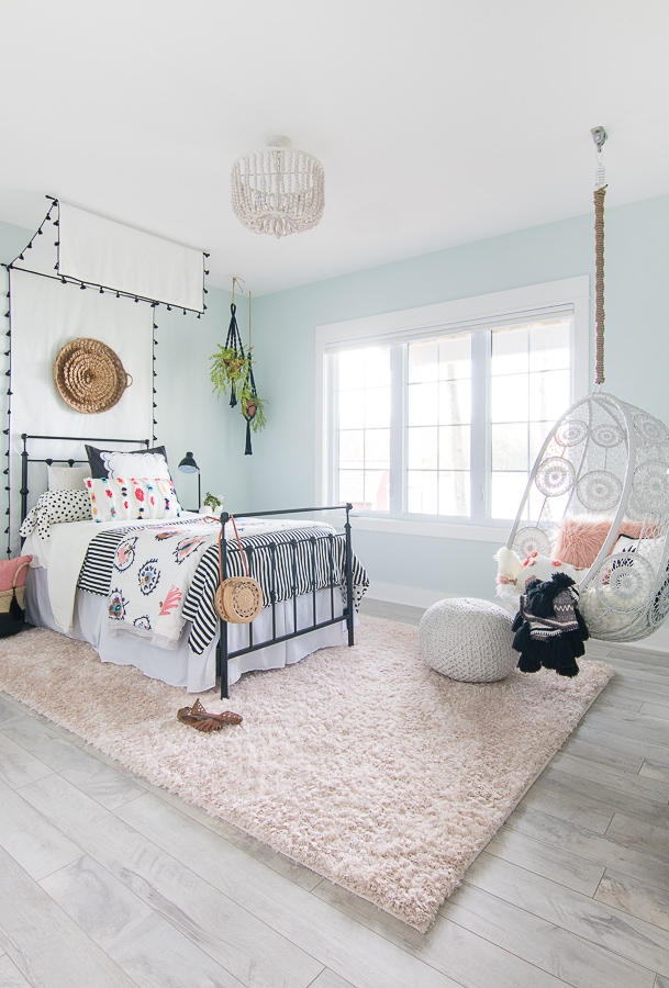 Black White Boho Tween Girl Room Decor