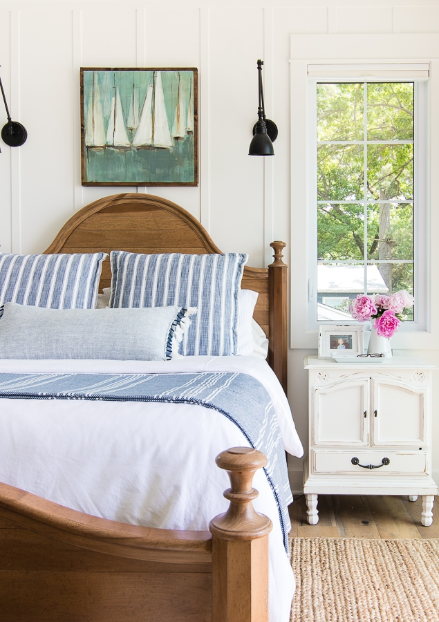 Coastal blue and white bedding