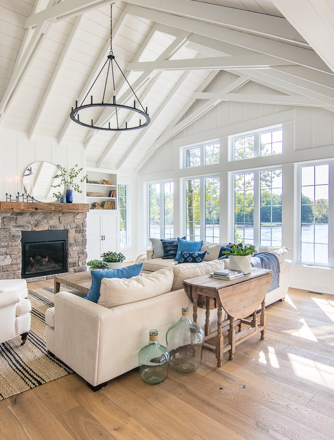 Lake House Living room blue and white decor