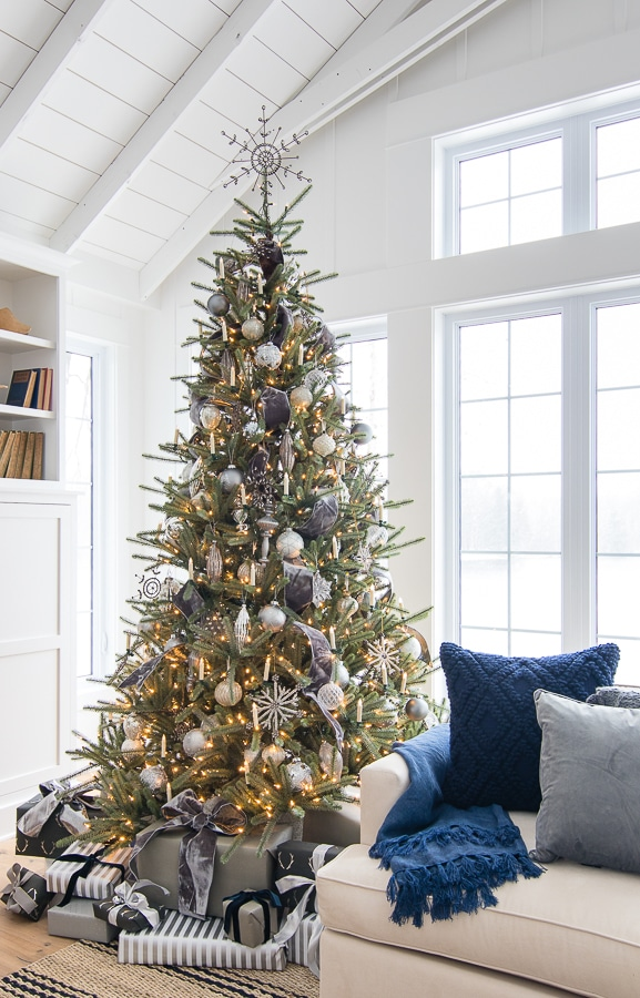 silver and grey christmas tree decor