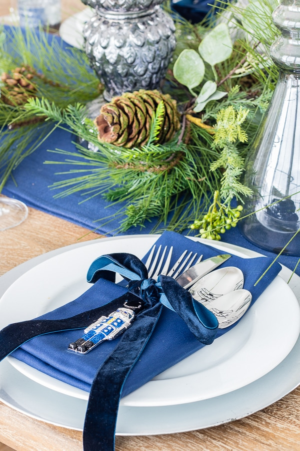 velvet ribbon christmas dinner table setting
