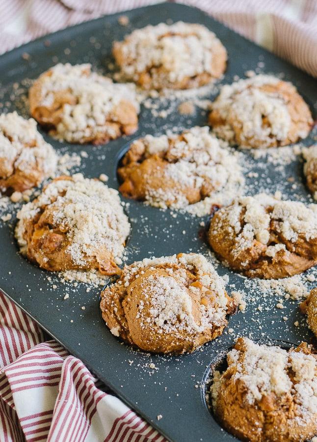 cupcake tin with pumpkin crumble muffins