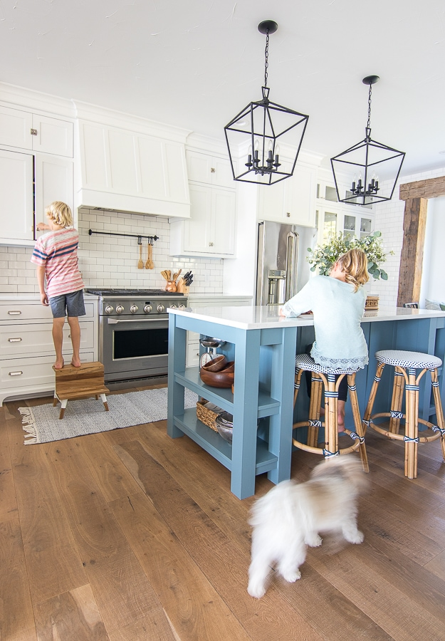 classic white kitchen riviera bar stools black lanterns