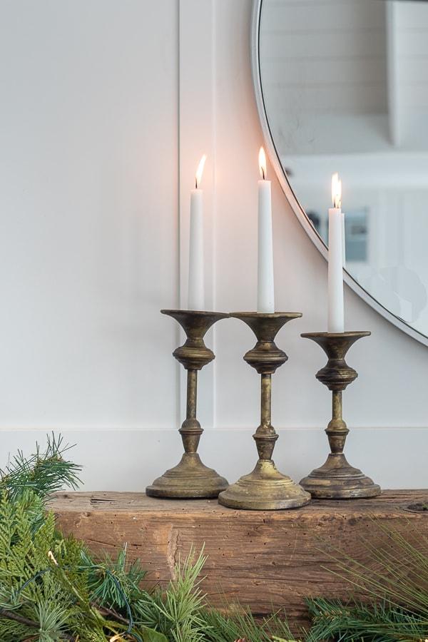 Simple and elegant Christmas mantel decor