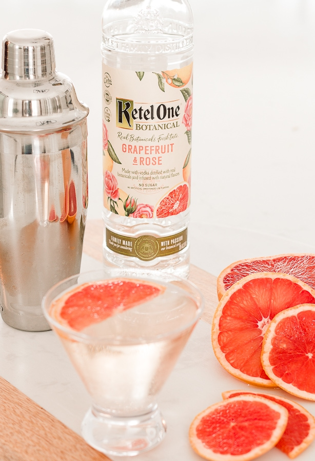 Grapefruit Elderflower Martini