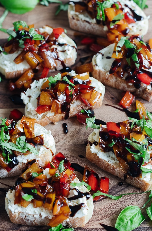 Herbed cheese and Roasted Pepper Crostini