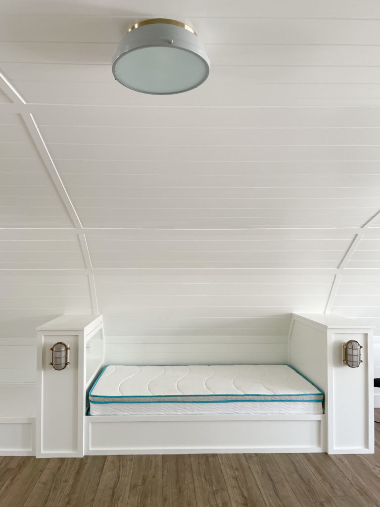 bunk house bunks