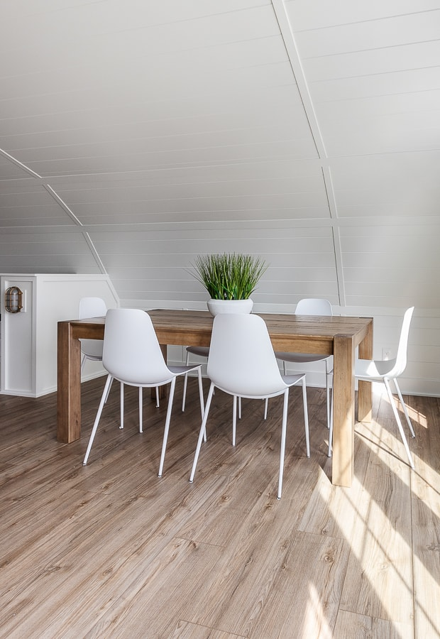 Pool house dining area